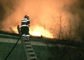Incendiu în Păstrăveni