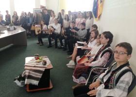Mugur de Viță Românească, activitate din cadrul Festivalului Tineretului Nemțean
