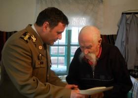 Eroii sunt printre noi: Vasile Arsenie din Grumăzești (104 ani)