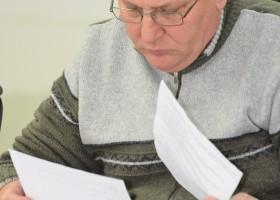 Consilierii la raport: 4) Vasile Dron