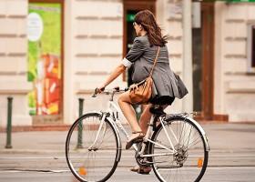 Sezonul bicicletelor: recomandări preventive pentru posesorii de vehicule cu două roţi!