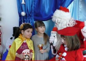 Poza zilei: Moș Crăciun, reporter special ziartarguneamt.ro