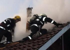 ATENȚIE la coșurile de fum! Incendii în Ghindăoani, Oglinzi și alte localități nemțene