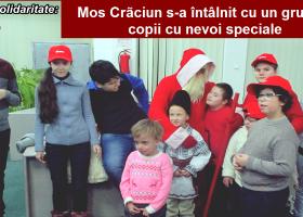 Moș Crăciun s-a întâlnit cu un grup de copii cu nevoi speciale