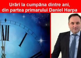 Urări la cumpăna dintre ani, din partea lui DANIEL VASILICĂ HARPA, primarul orașului Târgu Neamț