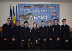 Jandarmeria Neamţ are în practică 8 elevi de la Şcoala Militară de Subofiţeri Jandarmi Fălticeni