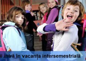 Elevii intră în vacanța intersemestrială