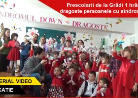 Copiii de la Grădi 1 au hrănit cu dragoste persoanele cu sindrom Down